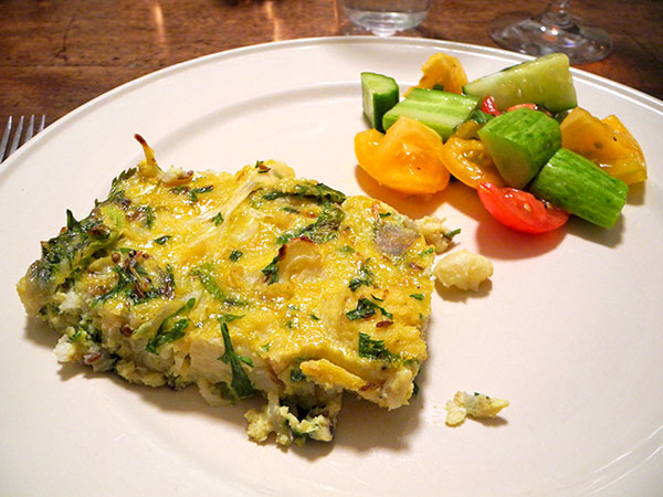 cauliflower_frittata_tom_salad
