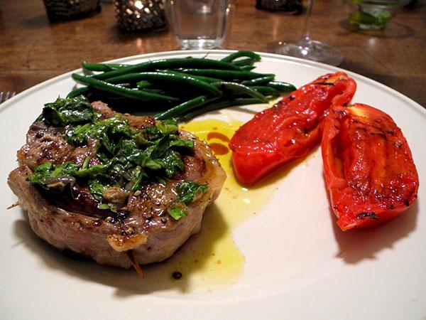 lamb_chop_haricots_tomato