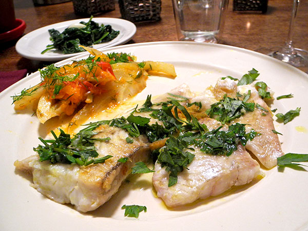 flounder_fennel_with_tomato_radish_greens