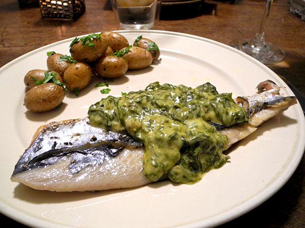 mackerel_sorrel_sauce_potatoes