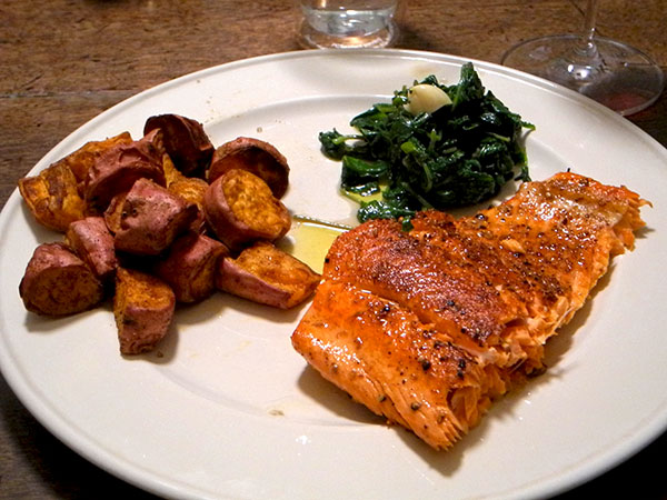 salmon_sweet_potatoes_radish_green