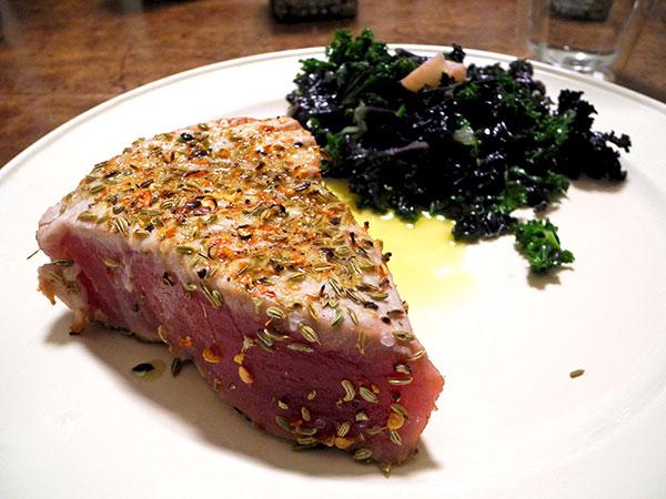 tuna_steak_two_kales