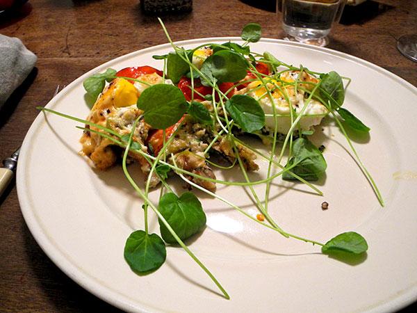 baked_eggs_Mushroom_Gruyere