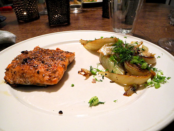 spicy_salmon_slow-roasted_fennel