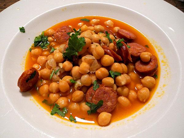chick_peas_chorizo_pimenton_garlic