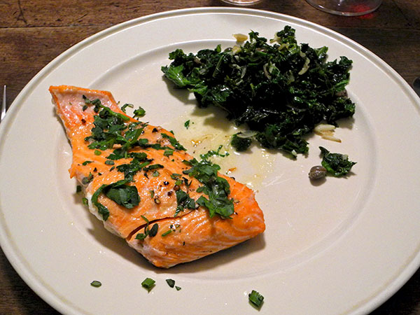 salmon_herbs_kale_shallots_garlic_capers