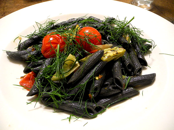 squid_ink_pasta_2