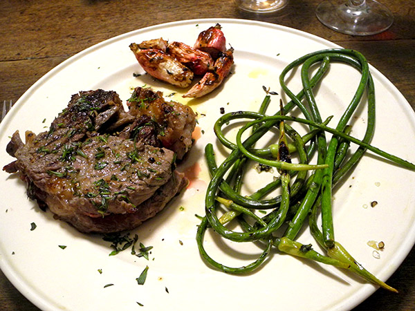 steak_scapes_radishes
