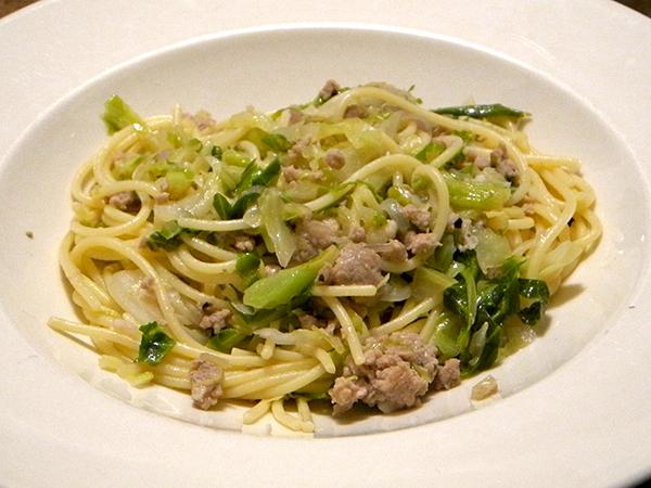 spaghetti_sweet_sausage_cabbage