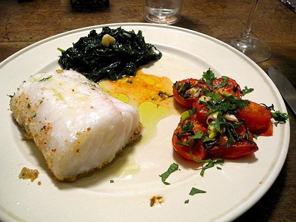cod_tomato_and_fresh_garlic_kale