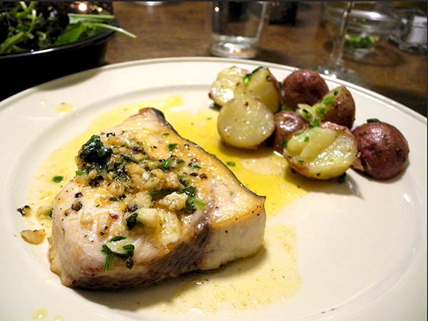 swordfish_potatoes_salad2