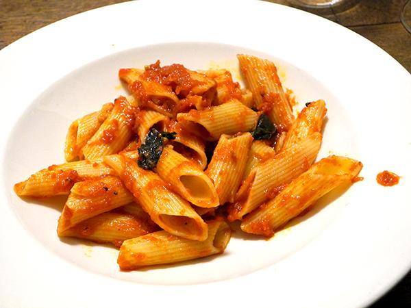 rigatoni_tomato_sauce