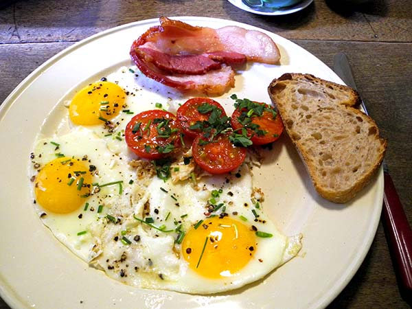 bacon_eggs_tomato_etc