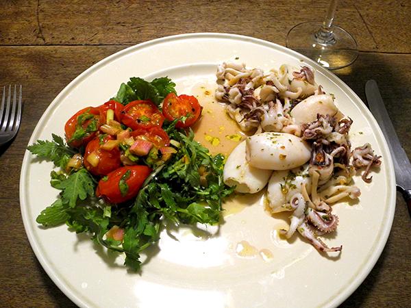 squid_arugulion_tomato