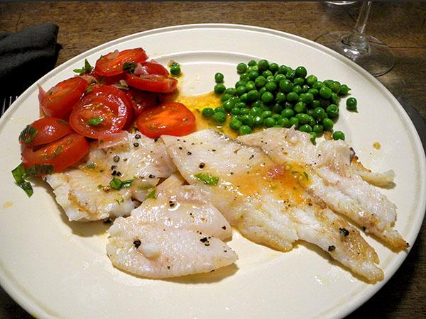 flounder_tomato_peas