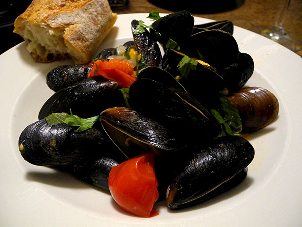 mussels_tomato_lovage