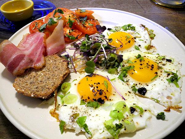 eggs_bacon_14_items