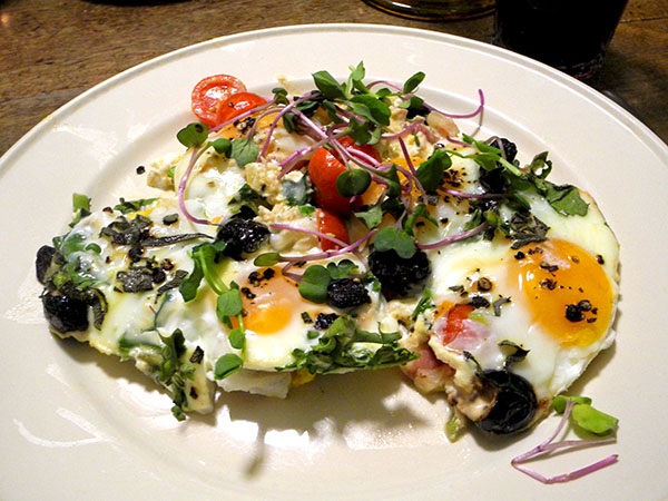 plated_baked_eggs