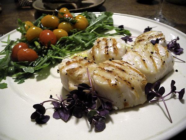 scallops_tomatoes_arugula